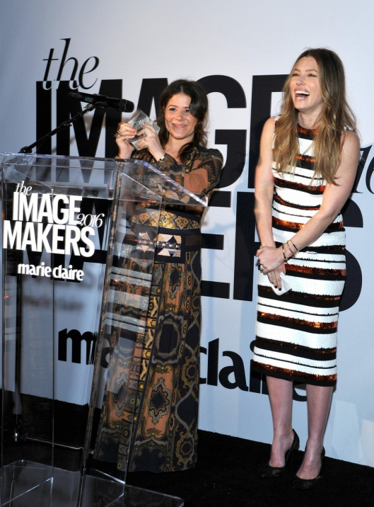 jennifer-garner-jessica-biel-marie-claire-image-makers-awards-30